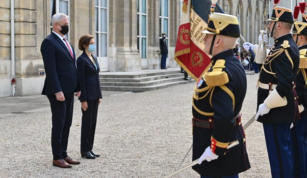 Defense Minister Benny Gantz with his French counterpart Florence Parly in Paris, today