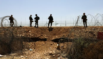 IDF soldiers looking for the Palestinian fugitives in the West Bank