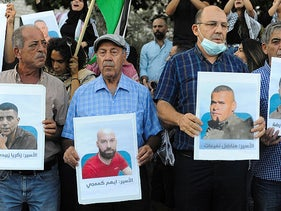 Protesters supporting the escaped Palestinian prisoners, Nazareth.