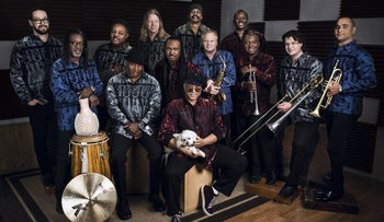 Al Mackay's Earth, Wind and Fire Experience
