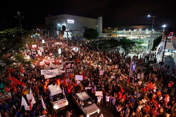 120,000 marching to 'social justice' protest in Tel Aviv, July 30, 2011 (Tal Cohen)