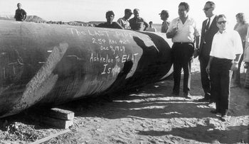 Laying the final part of the Eilat-Ashkelon Pipeline, 1969.