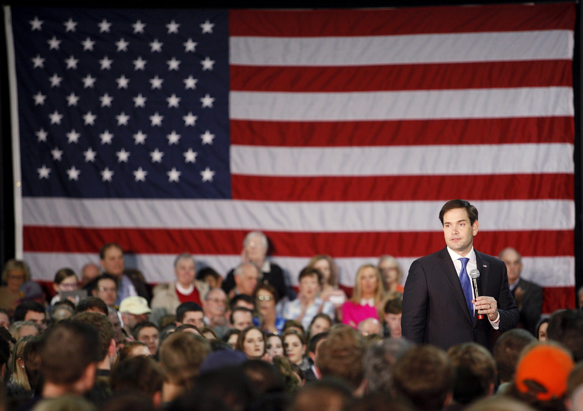 Republican presidential candidate Marco Rubio speaks at a campaign rally in Raleigh, North Carolina, January 9, 2016.