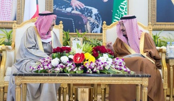 Saudi King Salman (R) meets the Emir of Kuwait Sheikh Sabah Al-Ahmad Al-Jaber Al-Sabah before the Gulf Cooperation Council summit in Riyadh, Saudi Arabia, December 9, 2015.