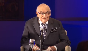 Lord Weidenfeld speaking at a World Jewish Congress gala in his honor in London last May.