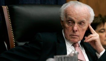 U.S. Rep. Tom Lantos, the chairman of the U.S. House of Representatives Foreign Affairs Committee and the only Holocaust survivor elected to Congress, listens to a testimony during a hearing on Capitol Hill in Washington, November 6, 2007.