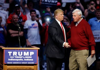 U.S. Republican presidential candidate Donald Trump introduces former Indiana basketball coach Bob Knight during a campaign stop, Indianapolis, U.S., April 27, 2016.