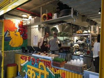 Chef Yonatan Roshfeld's new Indian street food stall, Captain Curry.