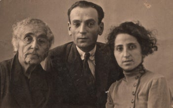 A portrait photograph of the Aznavour family in the 1920s.