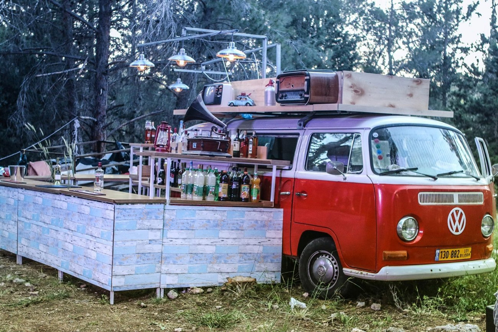 drink truck at forest wedding.