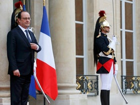 French President Francois Hollande waits for a guest at the Elysee Palace in Paris,  June 3, 2016.