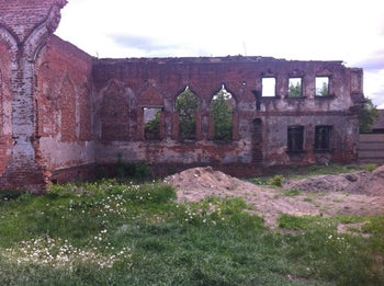 The ruined synagogue of Babruysk.