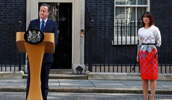 Britain's Prime Minister David Cameron speaks after Britain voted to leave the European Union, as his wife Samantha listens outside Number 10 Downing Street in London, Britain June 24, 2016.