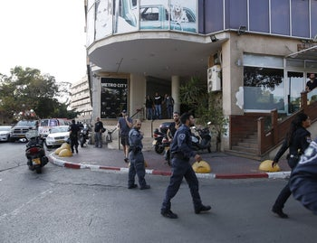 The scene of a stabbing attack in Tel Aviv, November 19, 2015.