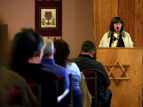 FILE PHOTO Rabbi Stephanie Aaron leads a healing service at Congregation Chaverim. January 9, 2011.