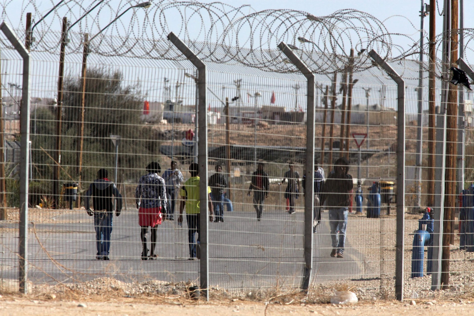 Eritrean and Sudanese asylum seekers at the Holot Detention Center in southern Israel, December 8, 2016.