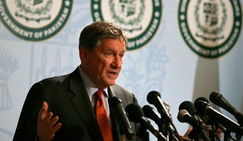 Richard Holbrooke, at the time of this picture - U.S. special envoy to Afghanistan and Pakistan, at a news conference at the Foreign Ministry in Islamabad, Pakistan, on Wednesday, Jan 13, 2010.