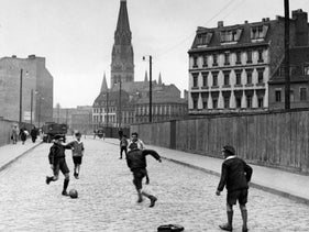 """Youths playing on a street in Berlin in 1931. Author Ernst Haffner wrote about marginal teens in his recently republished and acclaimed book """"Blood Brothers."""""""