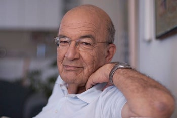 The poet and politician Yossi Sarid in 2010.