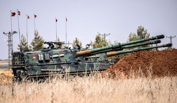 Turkish artillery during clashes between Turkish forces and ISIS fighters, 20 kilometers west of the border town of Karkamis, in the southern region of Gaziantep, on September 3, 2016.
