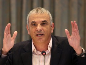 Finance Minister Moshe Kahlon meets with construction industry executives, January 3, 2017.