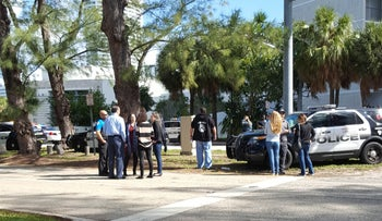 Police blocking the street in front of the Miami Beach JCC, January 9, 2016.