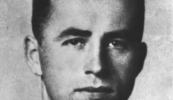 Nazi war criminal Alois Brunner, who was responsible for the deaths of an estimated 130,000 Jews, died in 2001 at the age of 89, locked up in a squalid Damascus basement, a French magazine reported on January 11, 2017.