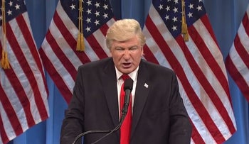 Alec Baldwin's Donald Trump takes on the press.