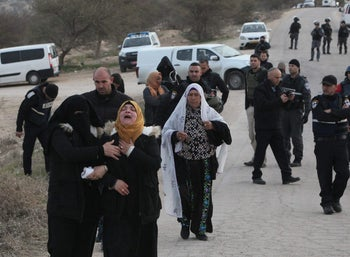 Residents prevented from entering the village of Umm al Hiran, January 18, 2017.