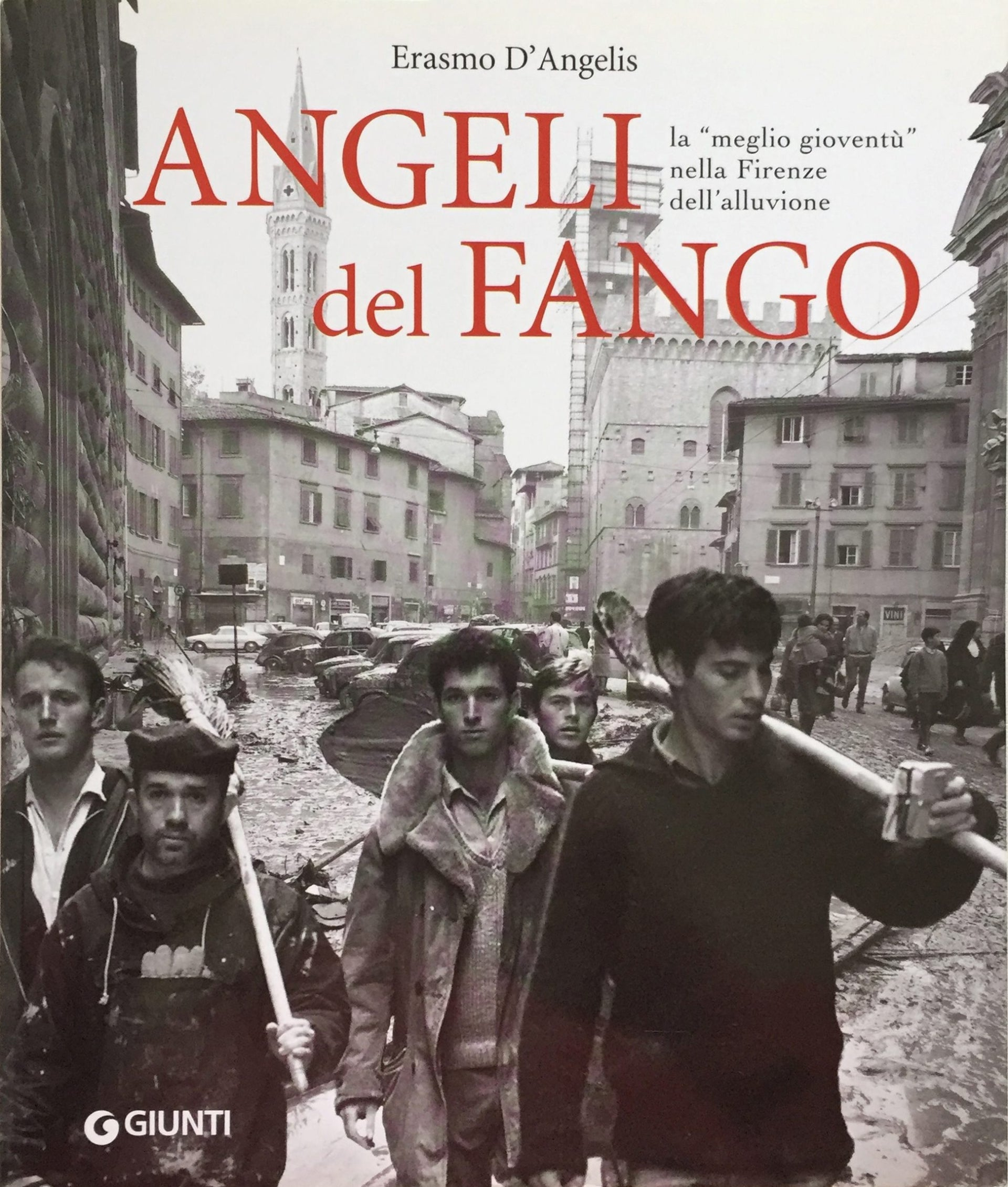 The team was featured on the cover of 'Angeli del Fango', published by Giunti. From right to left: Buki Zuker, Danny Tal, Avishay Eyal, Joram Rozov and Gali Hoss.