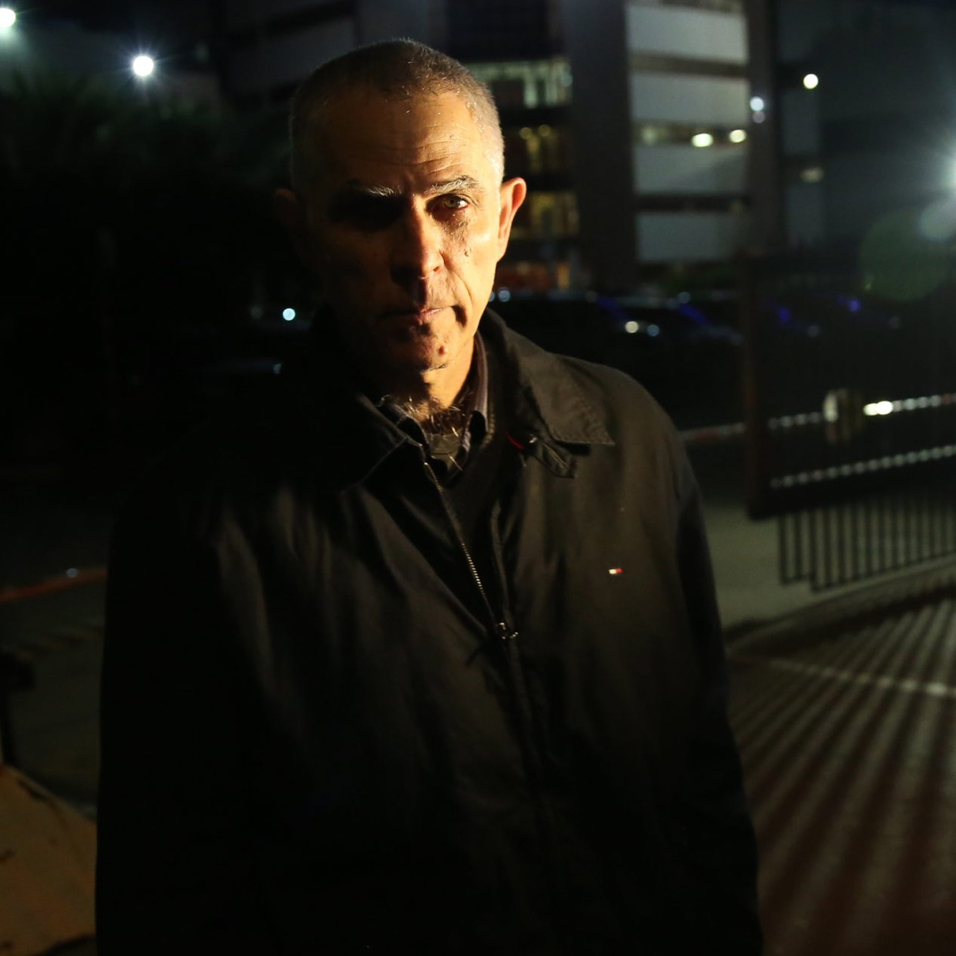 Arnon Mozes leaving the police station after questioning, January 15, 2017.