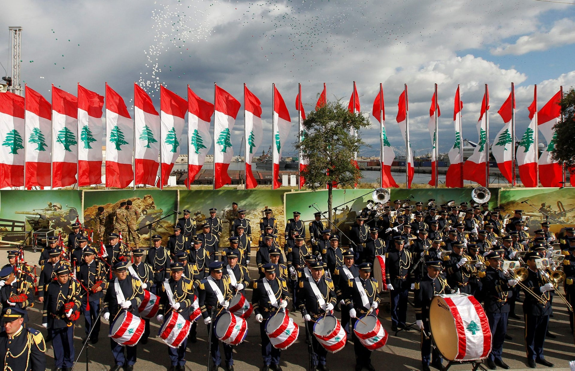 Lebanese band members take part in a military parade to celebrate the 74th anniversary of Lebanon's independence in downtown Beirut, Lebanon November 22, 2017.