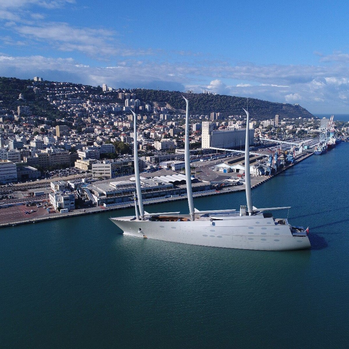 The world's largest sailing yacht anchoring in the Haifa Port on Nov. 24, 2017.