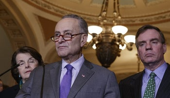 Senate Minority Leader Charles Schumer calling for a probe into the Trump administration's relations with Russia, Washington, February 15, 2017.