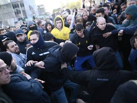A violent demonstration by members of the right-wing La Familia organization, awaiting the verdict in the case of so-called Hebron shooter, soldier Elor Azaria, in Tel Aviv, Jan. 4, 2017.