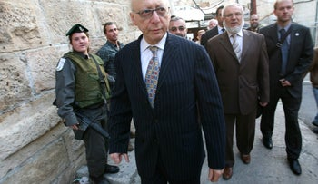 Gerald Kaufman during a 2010 visit to the West Bank city of Hebron.