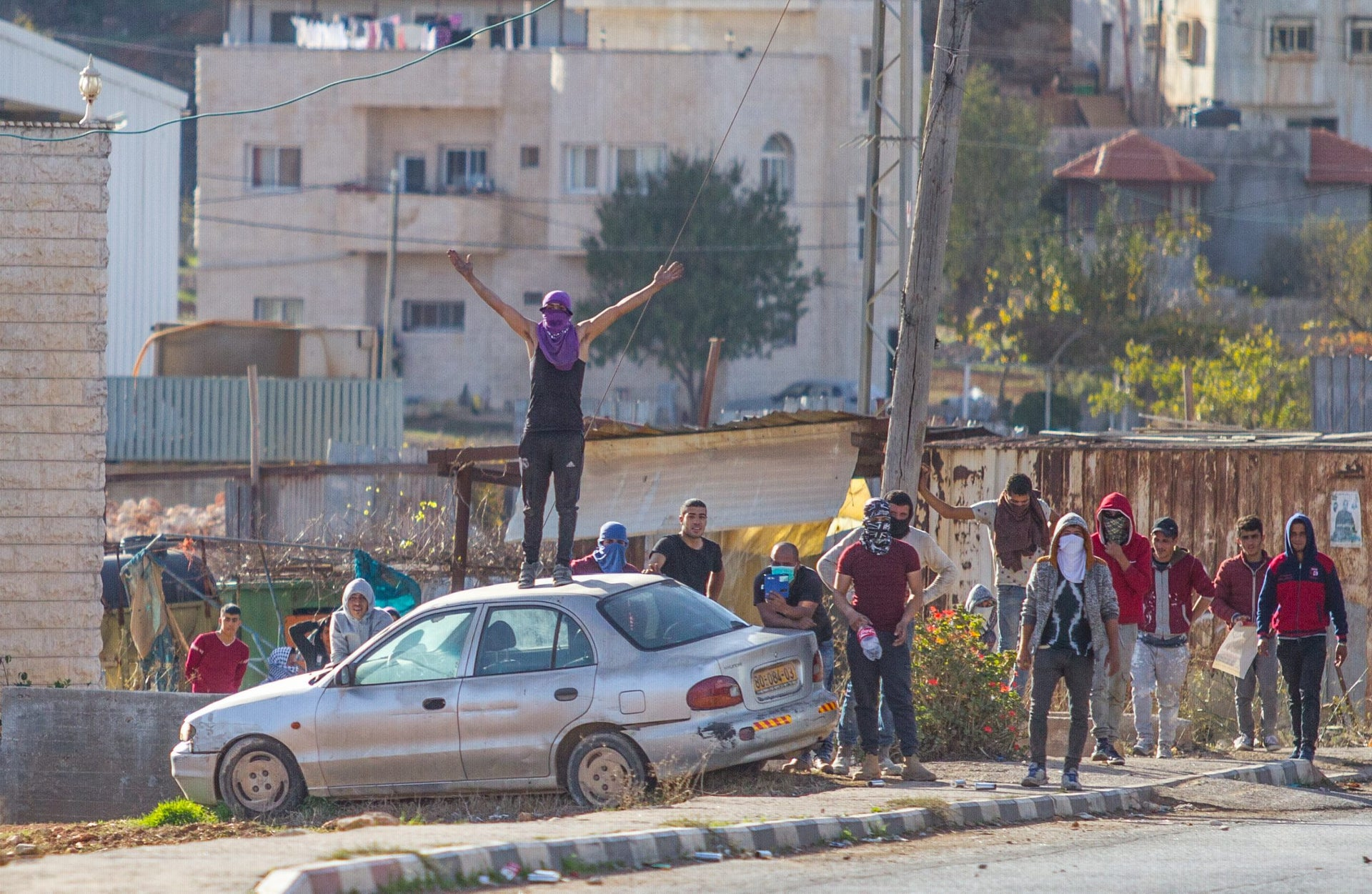 Riots in the Palestinian village of Qusra, near the settlement of Migdalim, in the West Bank, November 30, 2017.