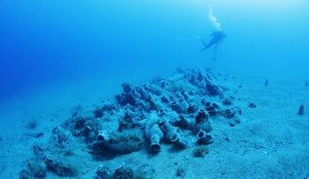 Diving at a 4th century C.E. Roman shipwreck still not found by looters: it shows how removing one can ruin many.