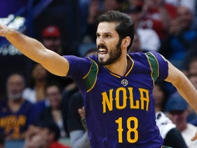 Omri Casspi after scoring for the New Orleans Pelicans in the 2016-17 season.