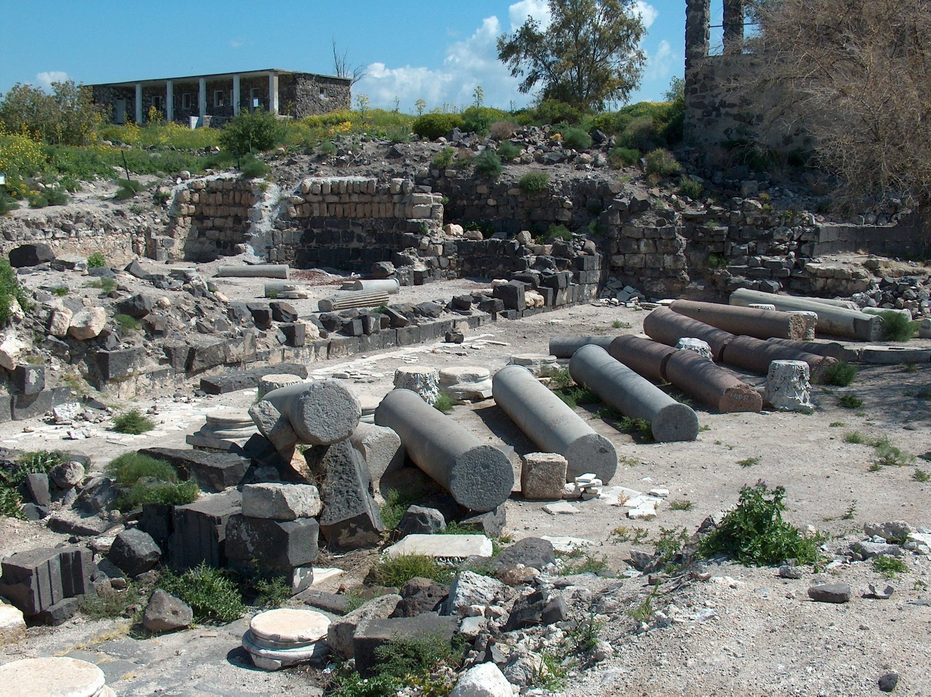 The cathedral and the baptistry at Hippos