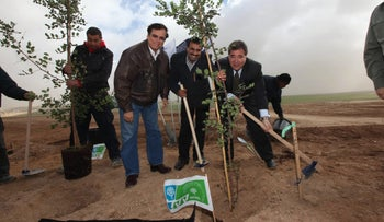 Jewish National Fund USA CEO Russell Robinson (right), Hura Mayor Dr. Muhammad Al-Nabari and JNF CEO Efraim Stanzler inaugurate a project in Wadi Ara, 2013.