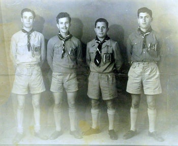 Shlomo Havilio (Second from right) in Young Maccabi, 1940'.