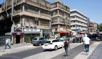 """A street in the area of the Ramat Gan Diamond Exchange, along which are located various strip clubs and other places of """"sexual entertainment,"""" Aug. 28. 2017."""