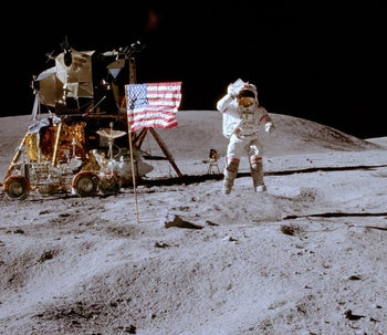 The moon landing: a lie?