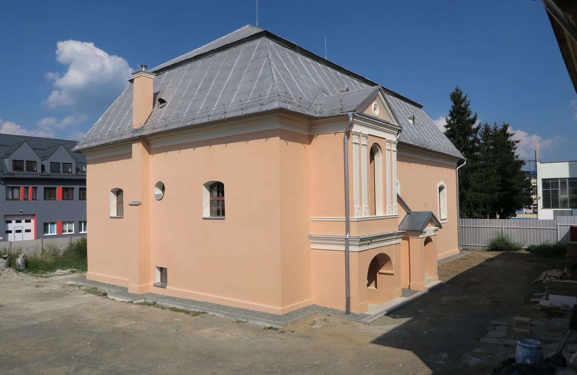 The Bardejov synagogue after the restoration project was completed, July 2017.