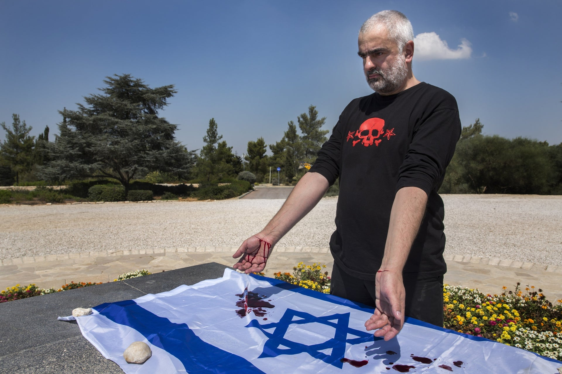 Aleksei Plutser-Sarno at Mt. Herzl