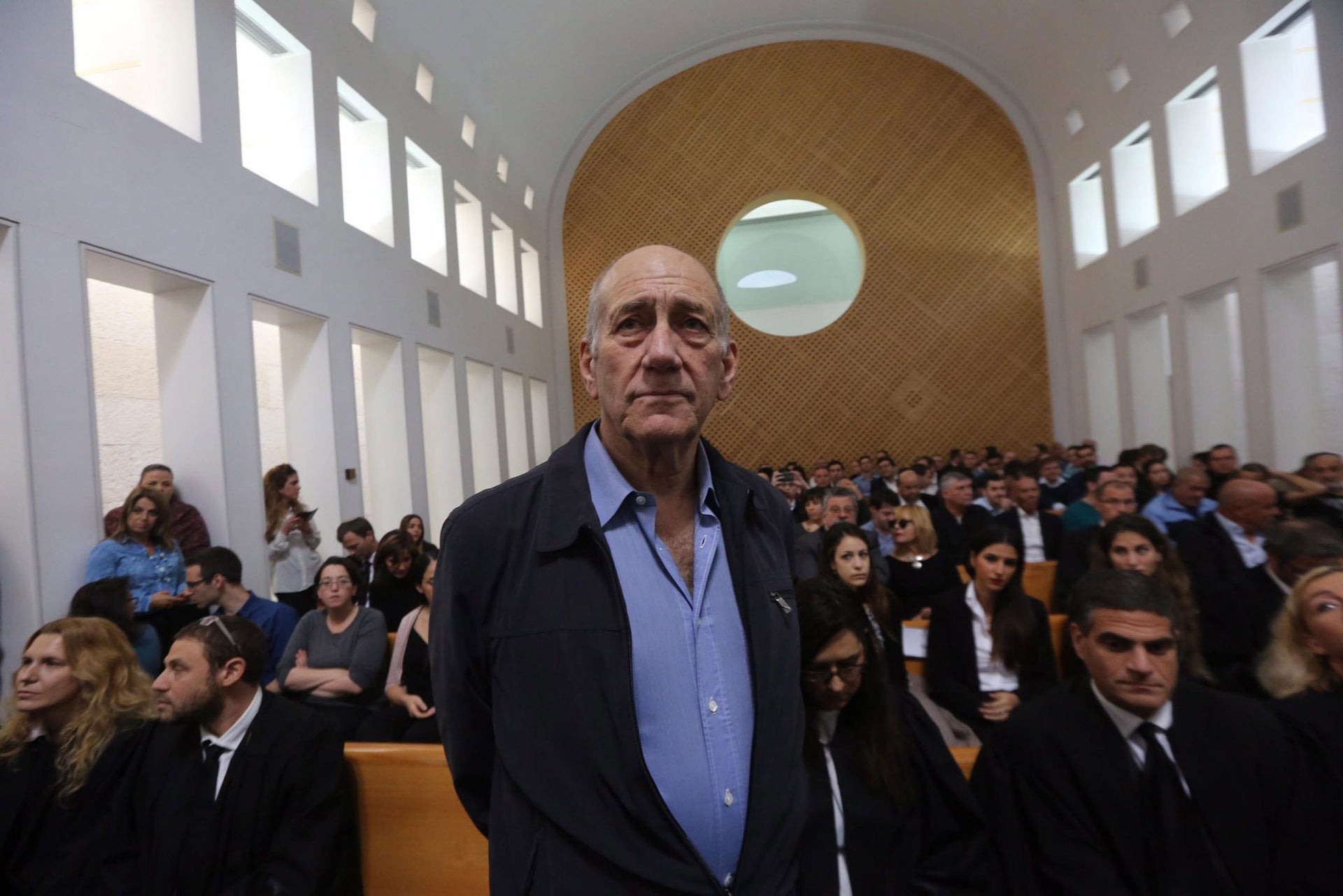 Ehud Olmert at the Supreme Court, during a hearing on the appeal in the Holyland corruption case, Dec. 29, 2015.