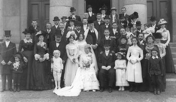 Jewish wedding at the Waterford Courthouse, early September 1901.