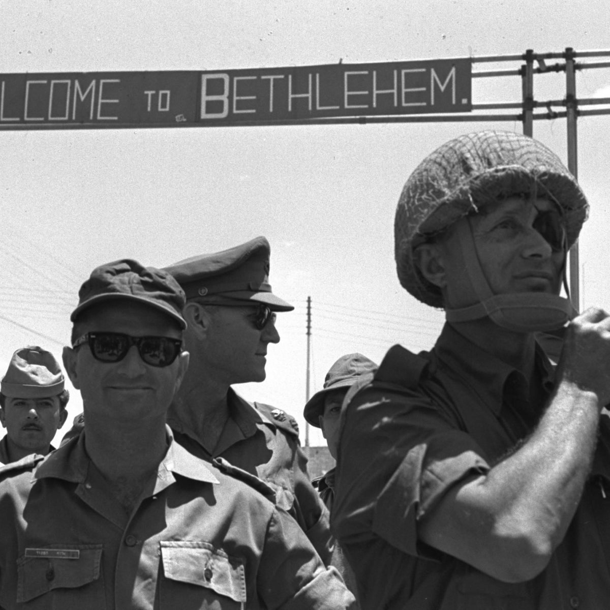 Defense Ministry Moshe Dayan and OC Central Command Uzi Narkis at the entrance to Bethlehem, June 8, 1967.