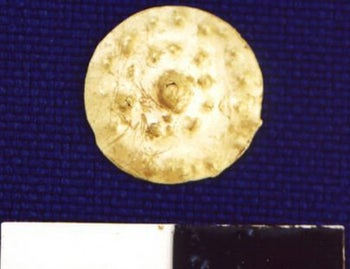 Gold pendant found in the Tell el- Ajjul excavation in Gaza